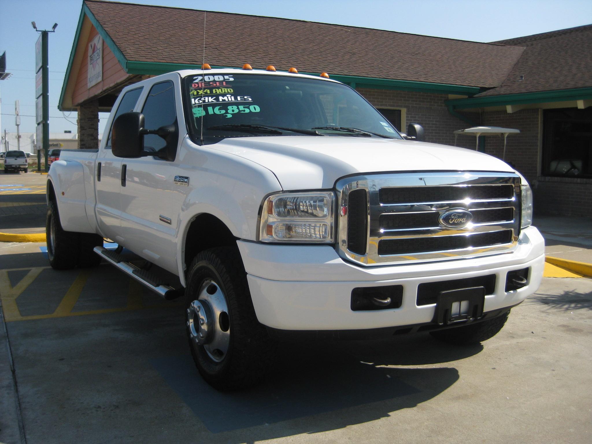 SW Auto 59 of Houston